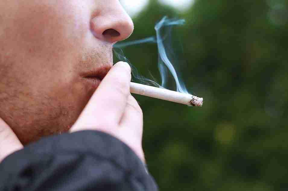tumori della cavità orale fumo di sigaretta